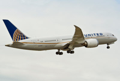 United Airlines 787 Dreamliner