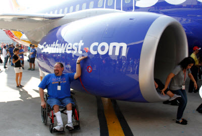 Southwest unveils new Heart livery