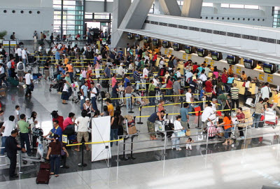 Check-in queue at NAIA airport